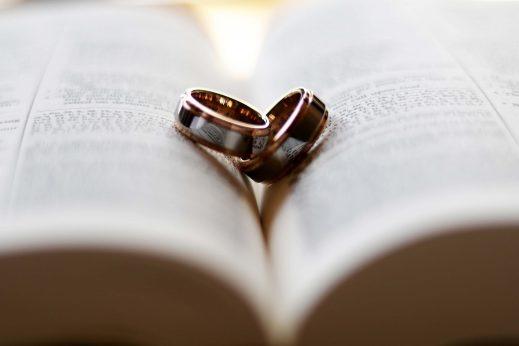 Symulacja zgody małżeńskiej